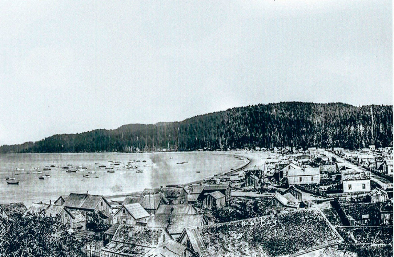 <strong>April picture from the past </strong>                                 Do you recognize this beach scene? It is 1907. Please send your comments to Alice Alexander, at 204 W. Fourth St. Apt. 14, Port Angeles, WA 98362 or email her at bretches1942@gmail.com and she will include them in her column May 6. Comments need to be in by April 20 to be included.